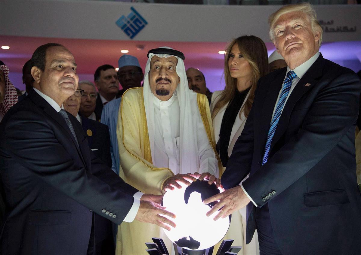 President Abdel Fatah al-Sisi (Egypt), King Salman bin Abdulaziz (Saudi Arabia), And President Donald Trump—May 21, 2017 (Anadolu Agency/Getty Images)