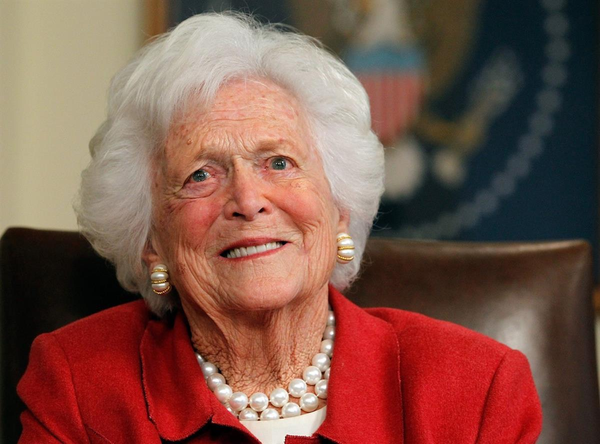 Former First Lady Barbara Bush (Source: Tom Pennington/Getty Images)